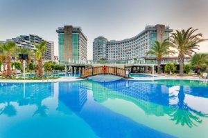 Отель Sherwood Breezes Resort