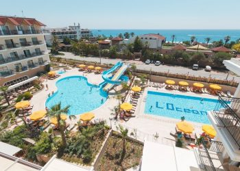 L'Oceanica Beach Resort